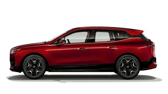 BMW iX Seitenansicht